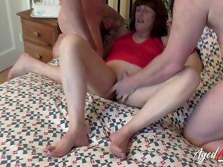 Crazy hot mature enjoys hardcore copulation relating to three absurdly horny bobtail