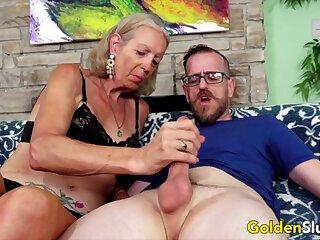 Cock arrivisme elder body of men and grandmas sucking stiff and thick dicks so sweet