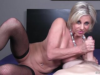 Big dick stroking action by mature slut Payton Ch�teau with saggy tits