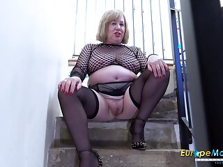 Video not far from extremely busty mature and her horny masturbation captured