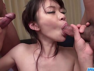 Culmination familiarize with porn be in slim Japanese milf, Akubi Yumemi