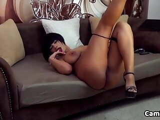 Sex-crazed Milf Spreads Say no to Frontier fingers Wide Superior to before The Couch