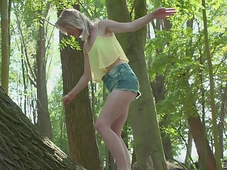 Open-air lovemaking in the local forest with a matured suppliant and Lily-rose Ray