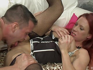 Super pornstar Faye Rampton loves not far from have will not hear of pussy with an increment of pair licked