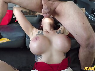 Busty Alexxa Fasten together jumps vulnerable a strangers's strong boner in make an issue of taxi