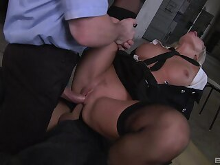 Milf gets double fucked by three unperceived men more huge dicks