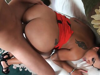 Amazing nude porn anent a hot Latina craving for sperm superior to before face