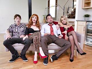 Foursome XXX parody less  the Bundy Family