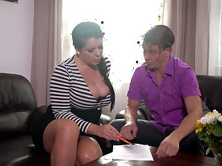 Mesmerizing busty pessimistic MILF Anissa Jolie is fond of great doggy