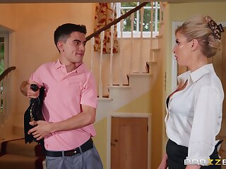 Dirty MILF Georgie Lyall takes a Latin boy for a test drive