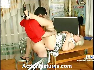 Chubby mom go to ruin on her knees to give great blowjob longing for hot thing embrace
